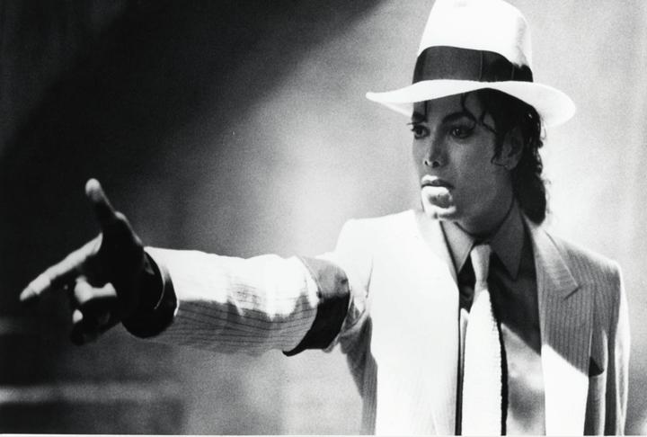 Michael-Jackson-Smooth-Criminal-michael-jackson-32317957-720-486